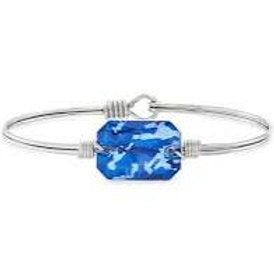 LUCA & DANNI DYLAN BANGLE  BRACELET IN BLUE CAMO - PETITE