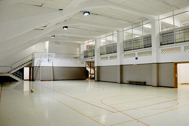 Sala polivalent interior - Sala polivalente interior