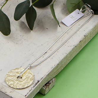 SARAH TEMPEST - Textured disc pendant on snake chain necklace