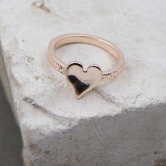 SARAH TEMPEST -  Rose Gold heart motif ring