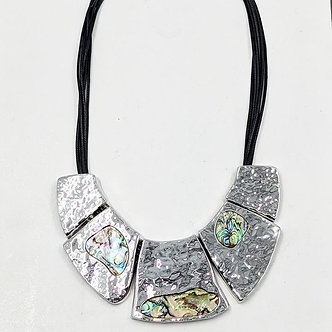 SARAH TEMPEST - Statement necklace with paua shell inlay