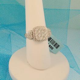 Diamond fancy ring