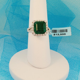 Emarald Cocktail Ring