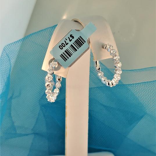 Round diamond hoops