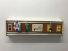 Oxygen panel with wood panel