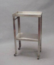 mall Stainless steel table with bottom shelf