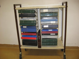 Metal binder cart