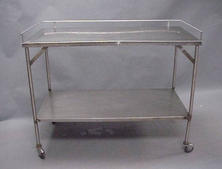 Medium size stainless steel table with bottom shelf