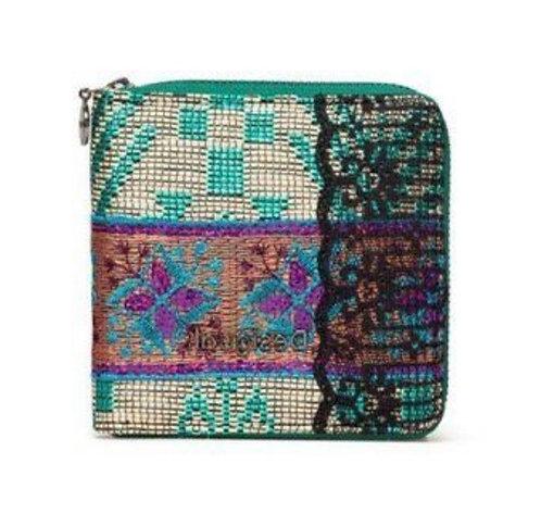 Queen Mircle Zip Square Wallet