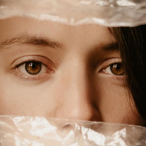 Le Petit Jeu de l'Isolation - Autoportraits et Coronavirus (2020)