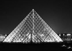 pyramide du louvre - 2016