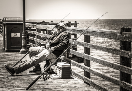 The man waiting for a fish