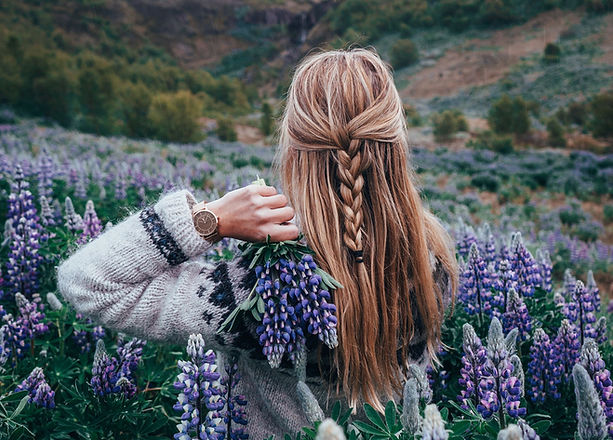 Damenuhr-TheBlackForest-Rose-Mesh-Blumen