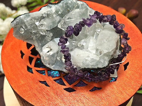 Amethyst Semiprecious Stone Chip Bracelet