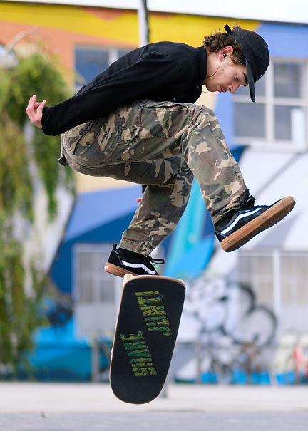 skater small
