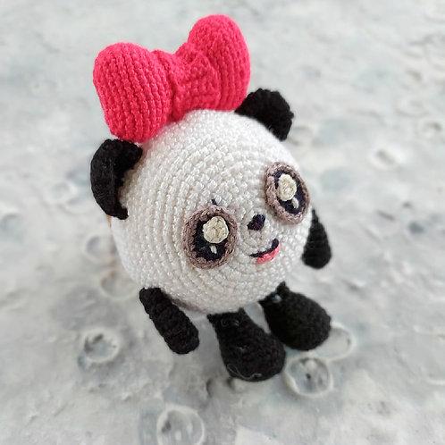 Смешарик панда с бантом