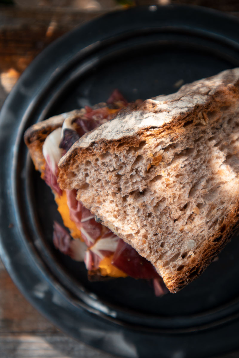 sandwich with pumpkin, radicchio and olives