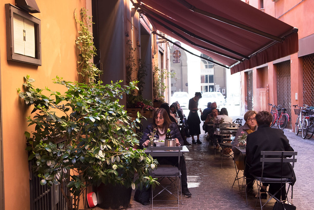 Vegan restaurant in Bologna | Botanica Lab Cucina