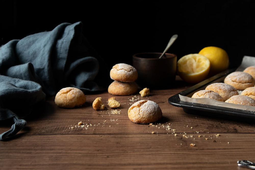 Buttery soft lemon cookies