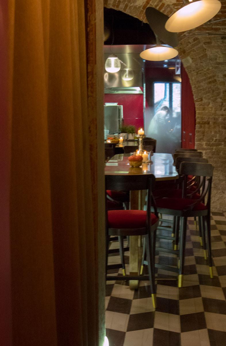 Wine and Cocktail Bar in Rialto Venice   Shiraz