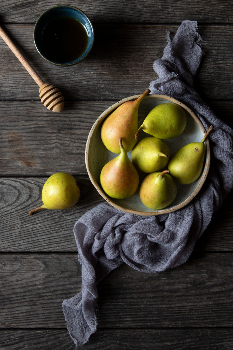 Light poached pears for a healthy snack   Nicoletta Fornaro