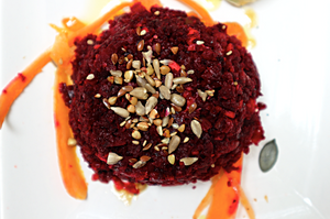Beetroot tartare | Vegan lunch | Ca' Fujiyama, Venice