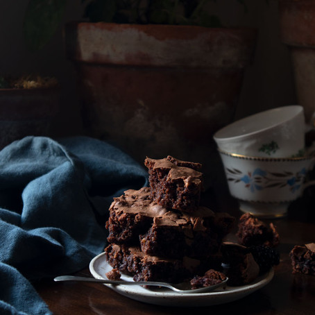Gluten Free Chocolate Brownies with Blackberries and Rice Crispy