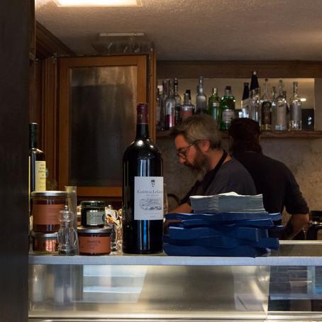 Ossi di Seppia: cicchetti and Italian wine in Castello