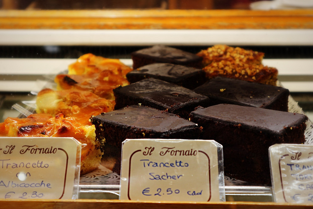 Cakes | Colussi's Bakery | Venice