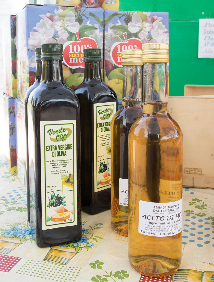 Organic apple juice and vinegar | Tarcisio Dal Bo