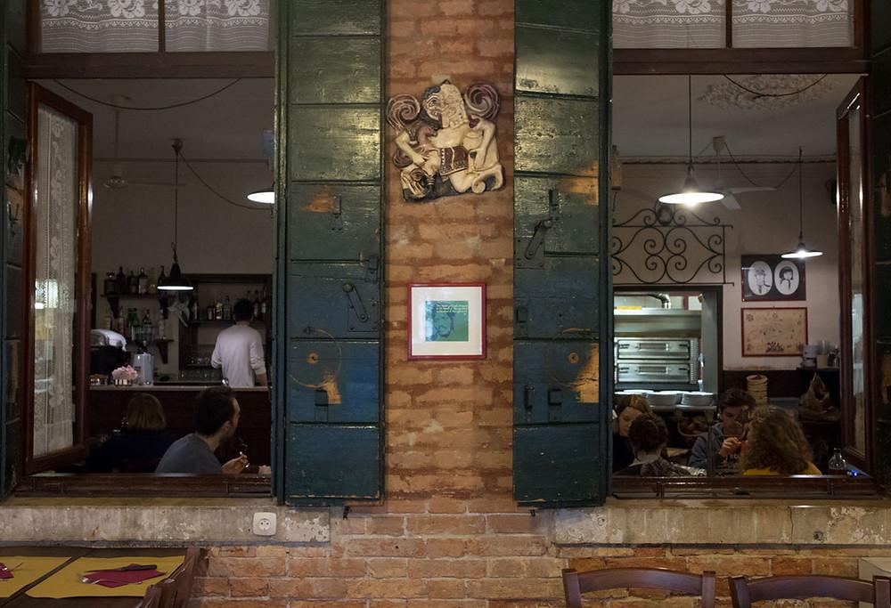 Best budget eats in Venice Italy | Osteria Nono Risorto | Venice - Rialto