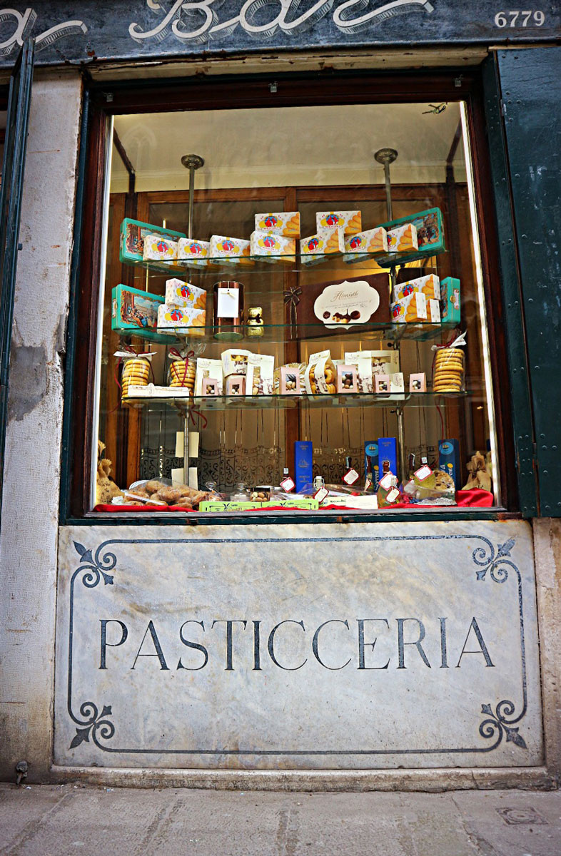 Pastry Shop in Venice | Rosa Salva
