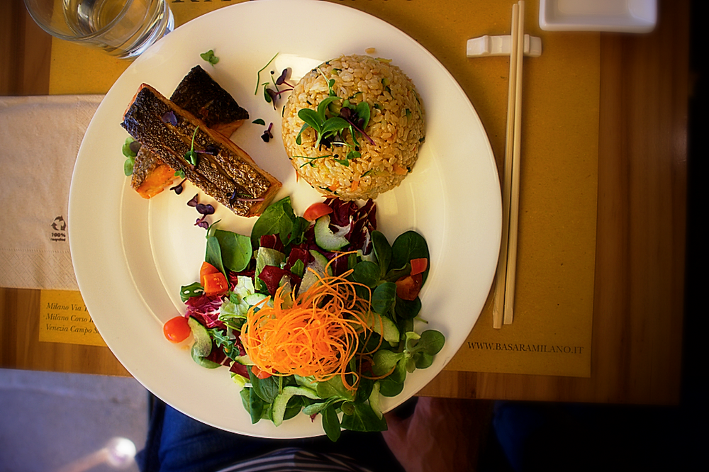 Grilled salmon, rice and salad