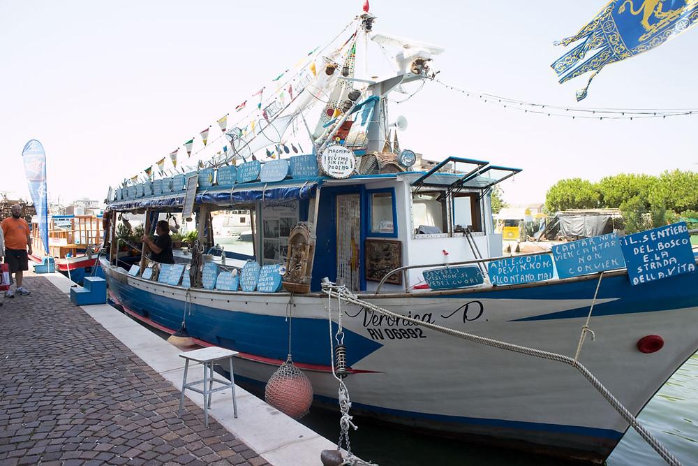 Eating on a boat in Chioggia | Acquamarina