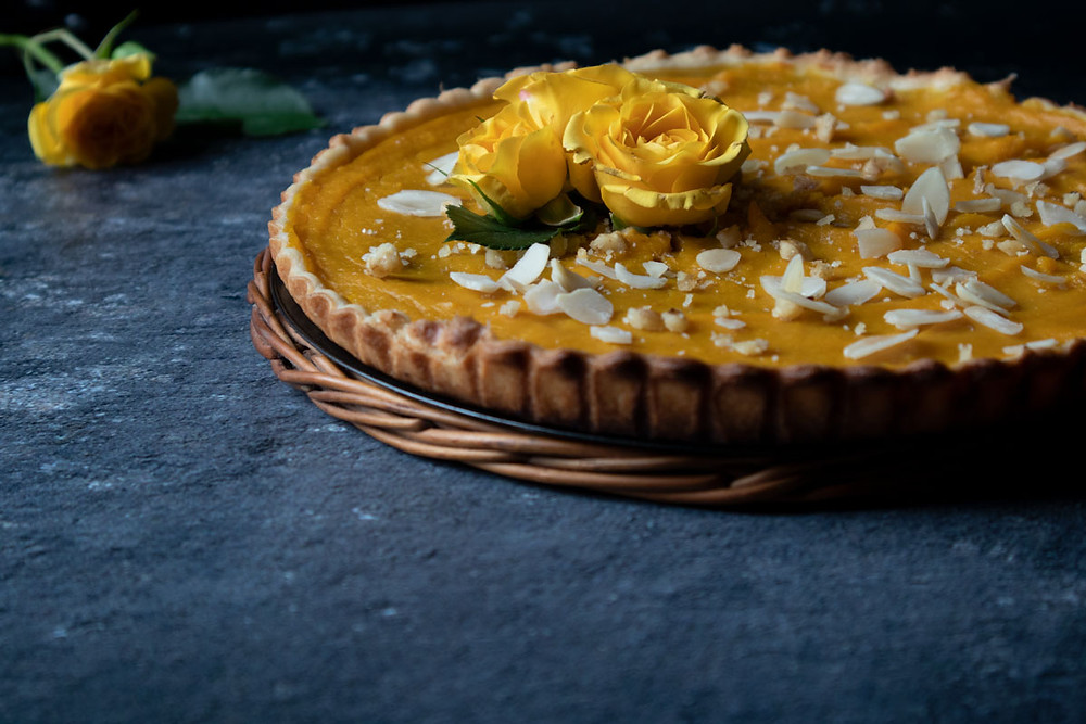 Pumpkin and dark chocolate pie | Easy cake recipe