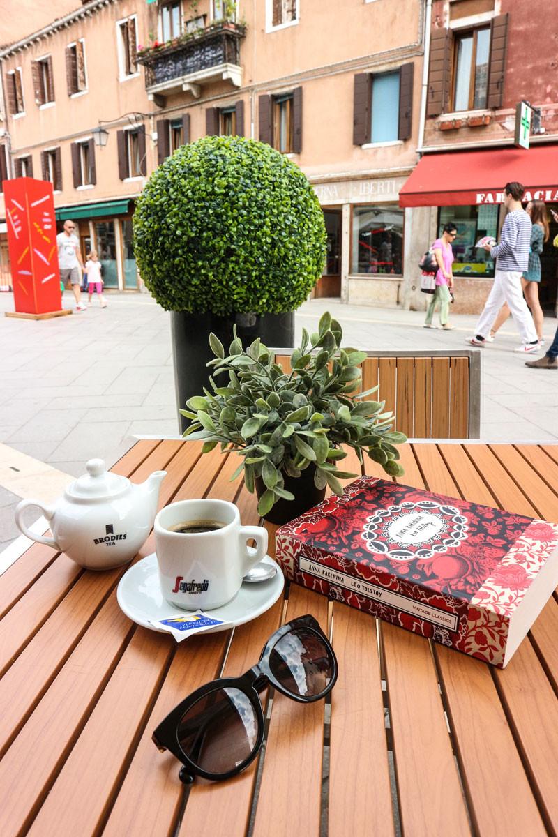 Best Budget Lunch in Via Garibaldi, Venice (Italy) | Hopera Cafe