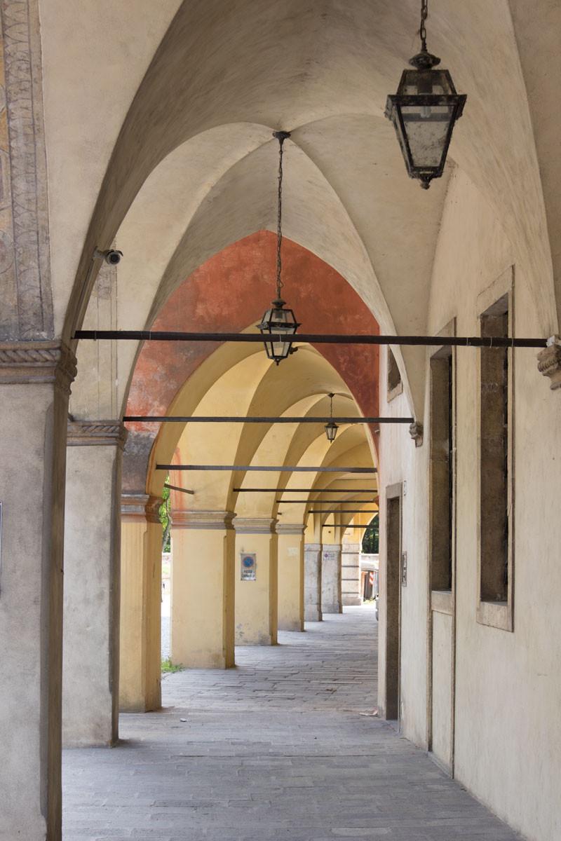 Padua | Frescoed porticos