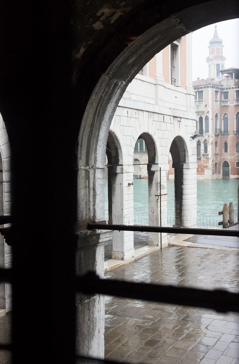 View from inside Osteria Bancogiro | Rialto - Venice (Italy)