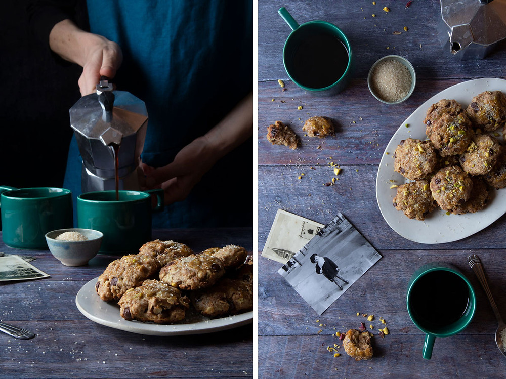 Oat and Spelt Cookies with Chocolate Chips and Pistachios