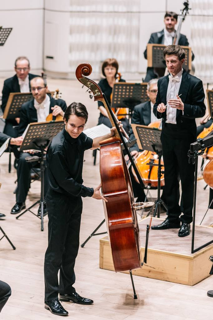Indi played Bottesini concerto at the beautiful concert hall of Zlín