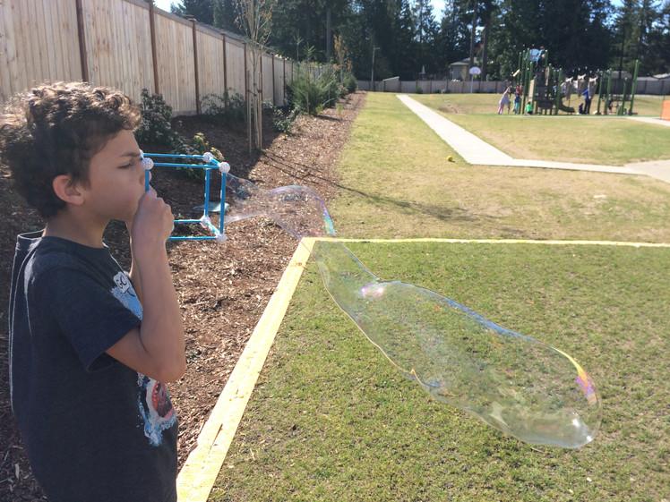 Geometric Bubble Blowers