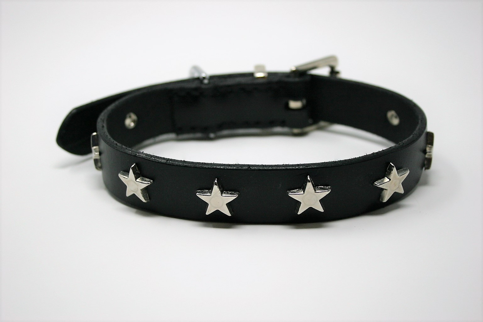 Black Star Collar.JPG