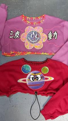 Colourful little tops,  daisy vibes (波動)