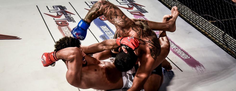 SFT16_luta09_Heliton_Santos_vs._Junior_M