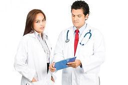 medicos latinos.jpg