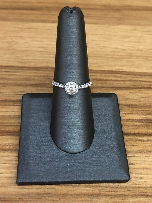 .33 ctw diamond engagement ring