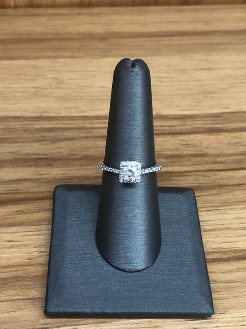 .86 ctw diamond engagement ring