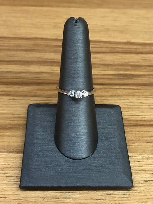 .25 ctw 3 stone diamond ring