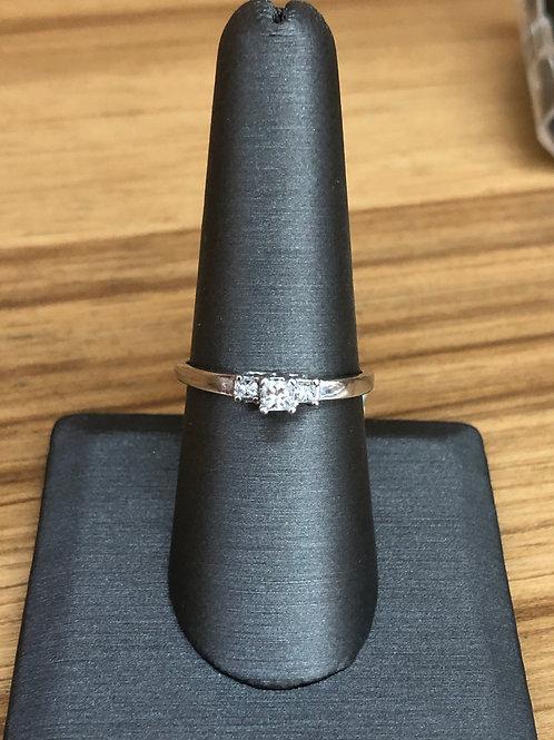 .28 ctw 3 stone ring