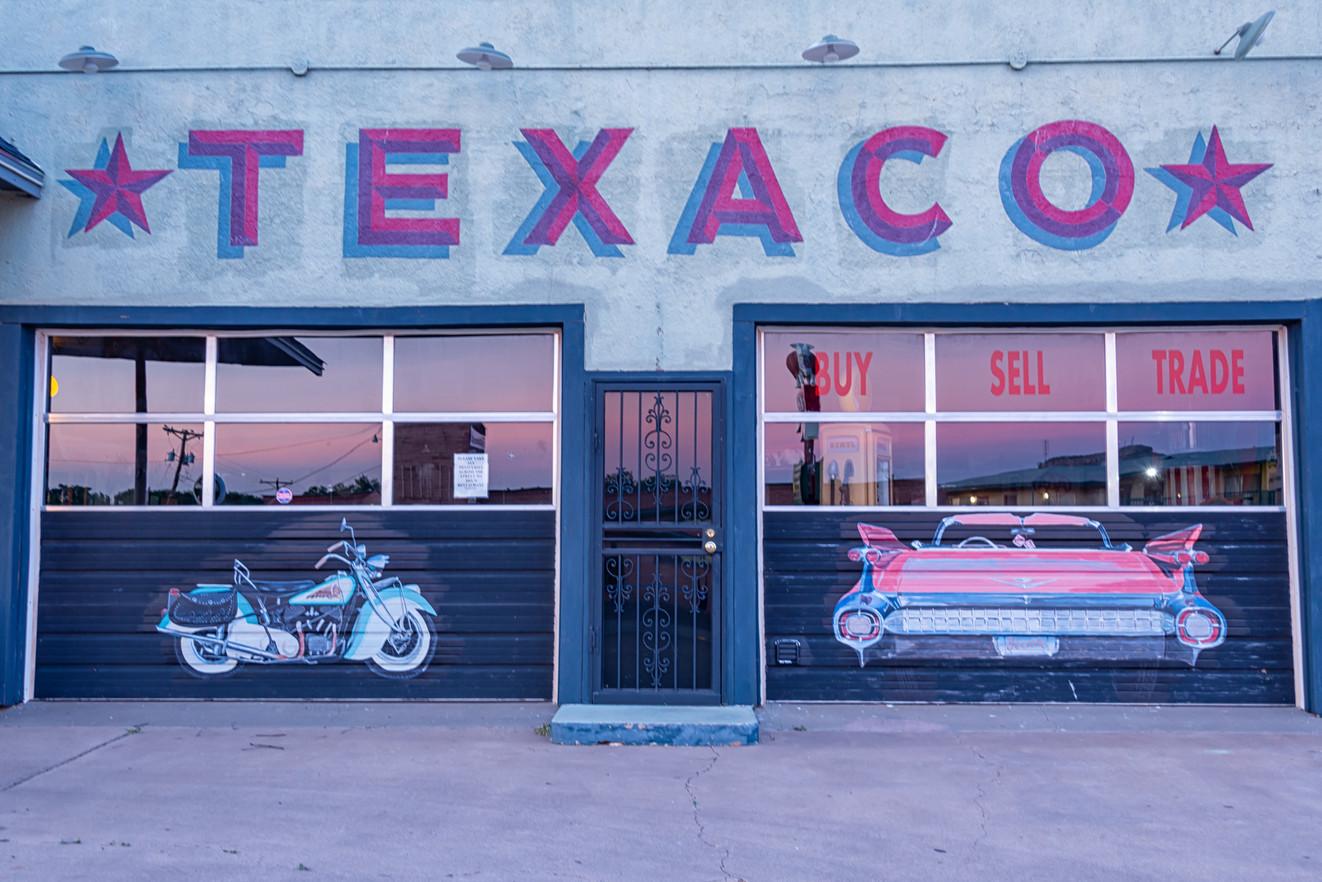 Texaco, garage